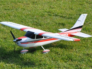 Century UK Art Tech Cessna 182 EPO Complete 2.4GHz Radio Control Model Aeroplane